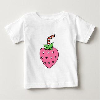 かわいいいちごのミルク ベビーTシャツ