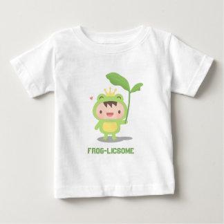 かわいいおとぎ話のカエルの王子Forの男の赤ちゃん ベビーTシャツ
