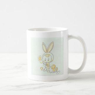 かわいいかわいいのバニーの子供 コーヒーマグカップ
