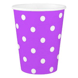 かわいいすみれ色および白い水玉模様の魅力 紙コップ