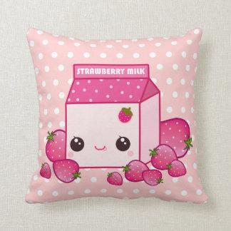 かわいいのいちごが付いているかわいいピンクのミルクのカートン クッション
