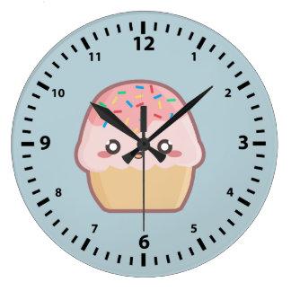 かわいいのカップケーキ ラージ壁時計