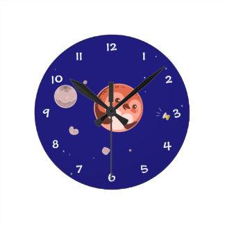 かわいいのプルートのペンギンの惑星および月 ラウンド壁時計