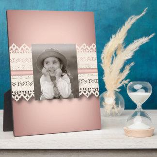 かわいいの王女のガーリーでシックで白いレースのピンクの弓 フォトプラーク
