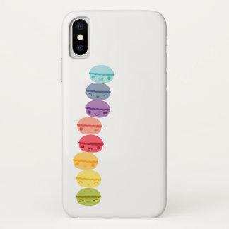 かわいいの虹によって積み重ねられるマカロン iPhone X ケース