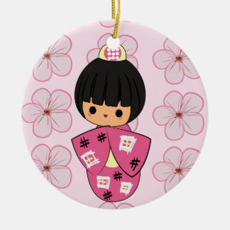 かわいいのKokeshiの人形のオーナメント セラミックオーナメント