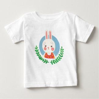 かわいいウサギ ベビーTシャツ