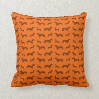 かわいいオレンジダックスフントパターン クッション