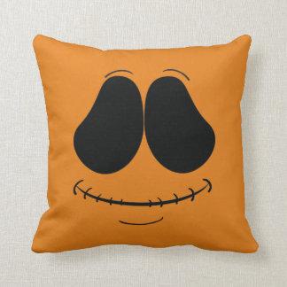 かわいいオレンジ顔の枕 クッション