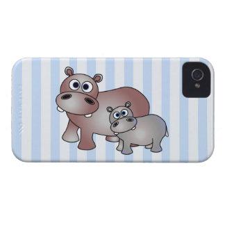 かわいいカバのお母さんおよびベビー-青い縞 Case-Mate iPhone 4 ケース
