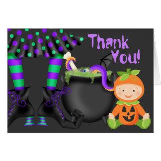 かわいいカボチャベビーnの魔法使いの足ハロウィンは感謝していしています カード