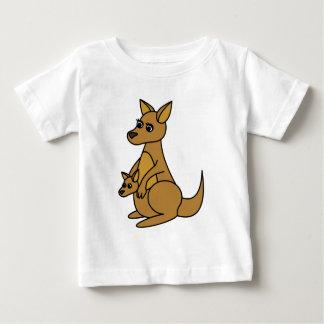 かわいいカンガルーおよびJoey ベビーTシャツ