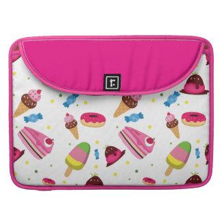 かわいいキャンデーおよび菓子によって着色されるパターン MacBook PROスリーブ