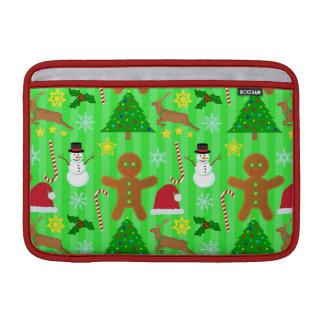 かわいいクリスマスのコラージュの休日パターン MacBook スリーブ