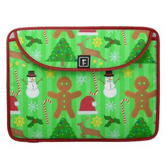 かわいいクリスマスのコラージュの休日パターン MacBook PROスリーブ