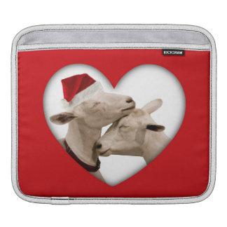 かわいいクリスマスのヤギのカップル iPadスリーブ