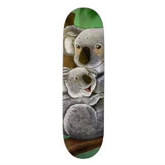 かわいいコアラおよびベビー オリジナルスケートボード