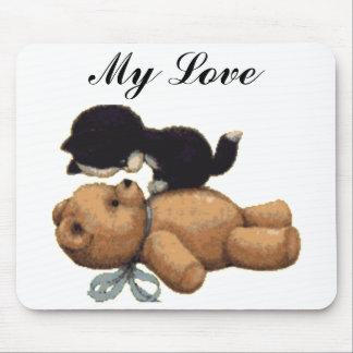 かわいいテディー・ベアおよび黒猫-私の愛 マウスパッド