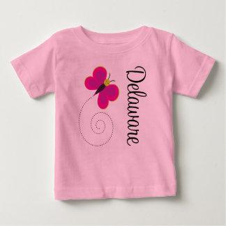 かわいいデラウェア州蝶ベビーのTシャツ ベビーTシャツ