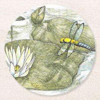 """かわいいトンボおよびスイレンの浮いている葉4""""円形のコースター ラウンドペーパーコースター"""