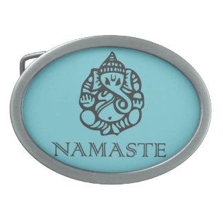 かわいいナマステのGaneshのデザインの青 卵形バックル