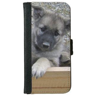 かわいいノルウェーのエルクハウンドの子犬 iPhone 6/6S ウォレットケース