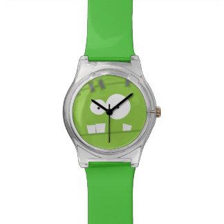 かわいいハロウィンフランケンシュタインモンスターの緑の顔 腕時計