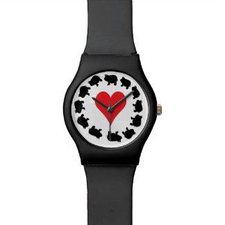 かわいいハートおよび黒い小型ブタ 腕時計