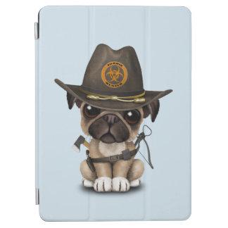 かわいいパグの子犬のゾンビのハンター iPad AIR カバー