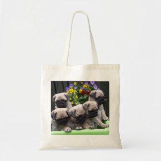 かわいいパグの子犬のトートバック トートバッグ