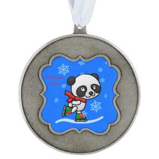 かわいいパンダくまのアイススケートのカスタムなクリスマス年 オーナメント