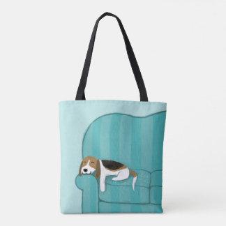 かわいいビーグル犬|の幸せなソファ犬 トートバッグ