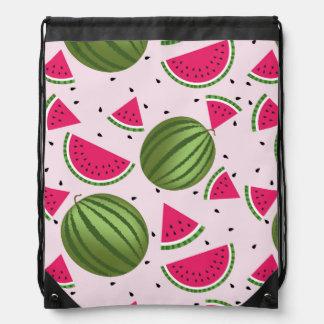 かわいいピンクおよび緑のスイカパターン ナップサック