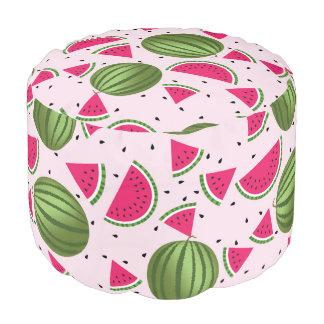 かわいいピンクおよび緑のスイカパターン プーフ