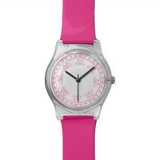 。かわいいピンクのガーリーなデザイン 腕時計