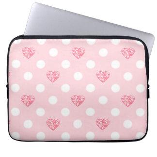 かわいいピンクのハートおよび白い水玉模様 ラップトップスリーブ