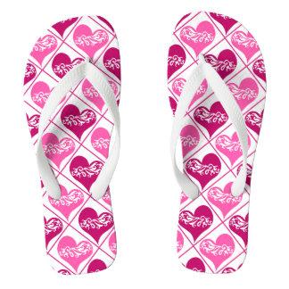 かわいいピンクのハートパターン ビーチサンダル