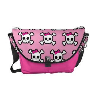 かわいいピンクのパンクのどくろ印パターン メッセンジャーバッグ