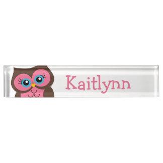 かわいいピンクのフクロウの名前入りなネームプレート デスクネームプレート