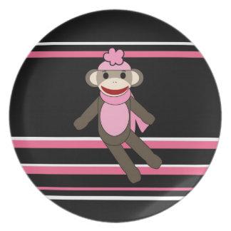 かわいいピンクの黒のストライプのソックス猿の女の子の花の帽子 プレート