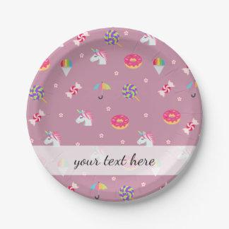 かわいいピンクのemojiのユニコーンキャンデーの花の棒つきキャンデー ペーパープレート