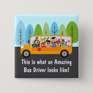 かわいいフクロウのスクールバスの運転者 5.1CM 正方形バッジ