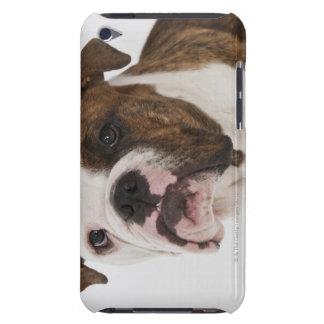 かわいいブルドッグの子犬のポートレート Case-Mate iPod TOUCH ケース
