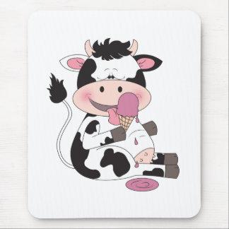 かわいいベビー牛漫画 マウスパッド