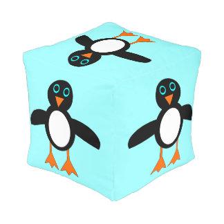 かわいいペンギンのキューブパフ プーフ