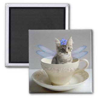 かわいいメインのあらいぐまの子ネコ猫の妖精の正方形の磁石 マグネット