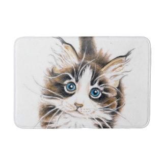 かわいいメインのあらいぐまの子猫 バスマット