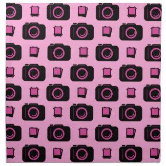 かわいいレトロのスタイルのピンクの黒のカメラパターン ナプキンクロス