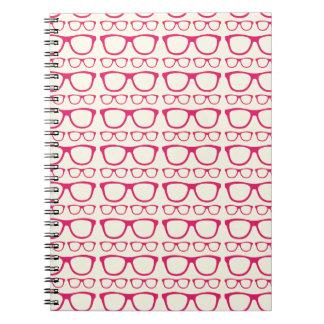 かわいいレトロの接眼レンズのヒップスター ノートブック