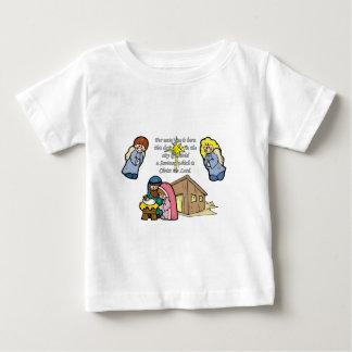 かわいい出生場面 ベビーTシャツ